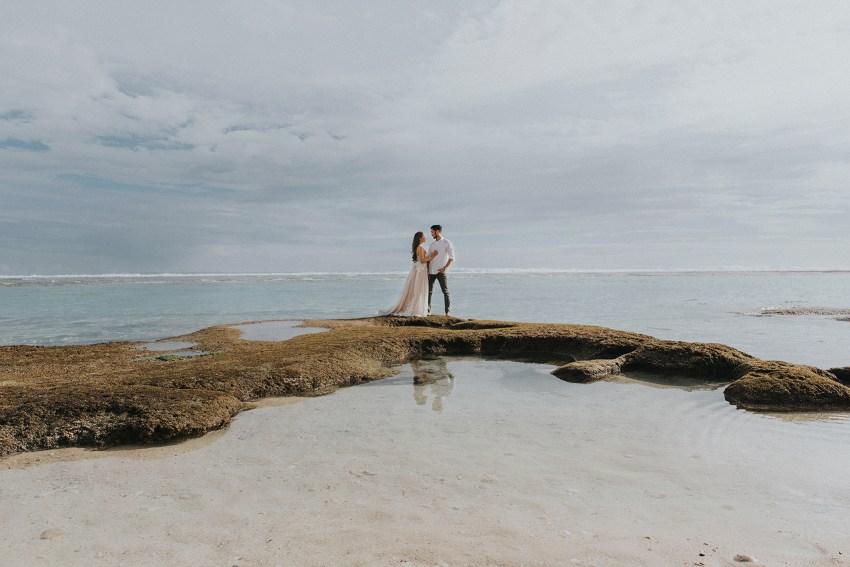 balipreweddingphotographers-pandeheryana-engagementphotography-baliweddingphotographers-melastibeachuluwatu-14