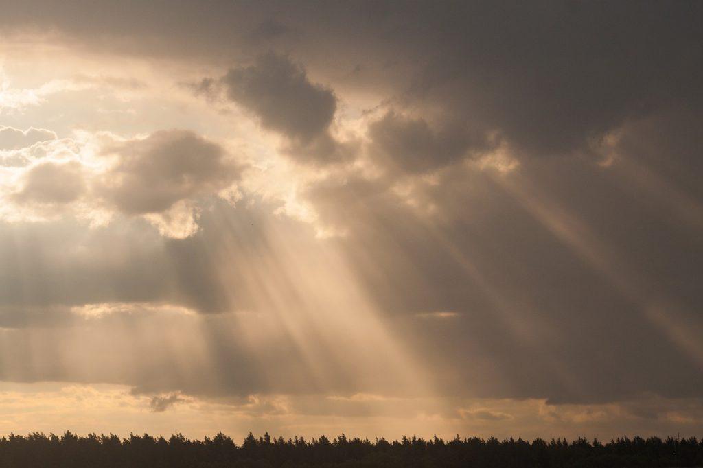 new-year-sky-sun-rays