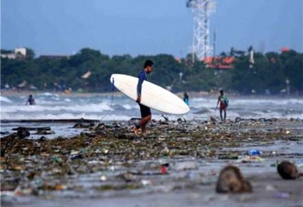 bali-trash-surf