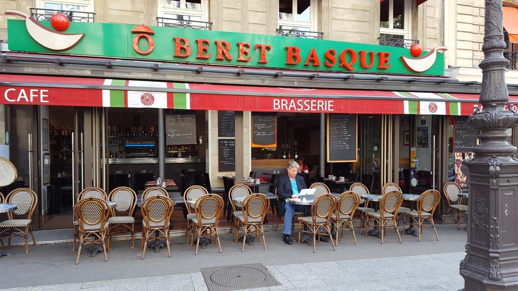 O BERET BASQUE  Restaurant  Paris