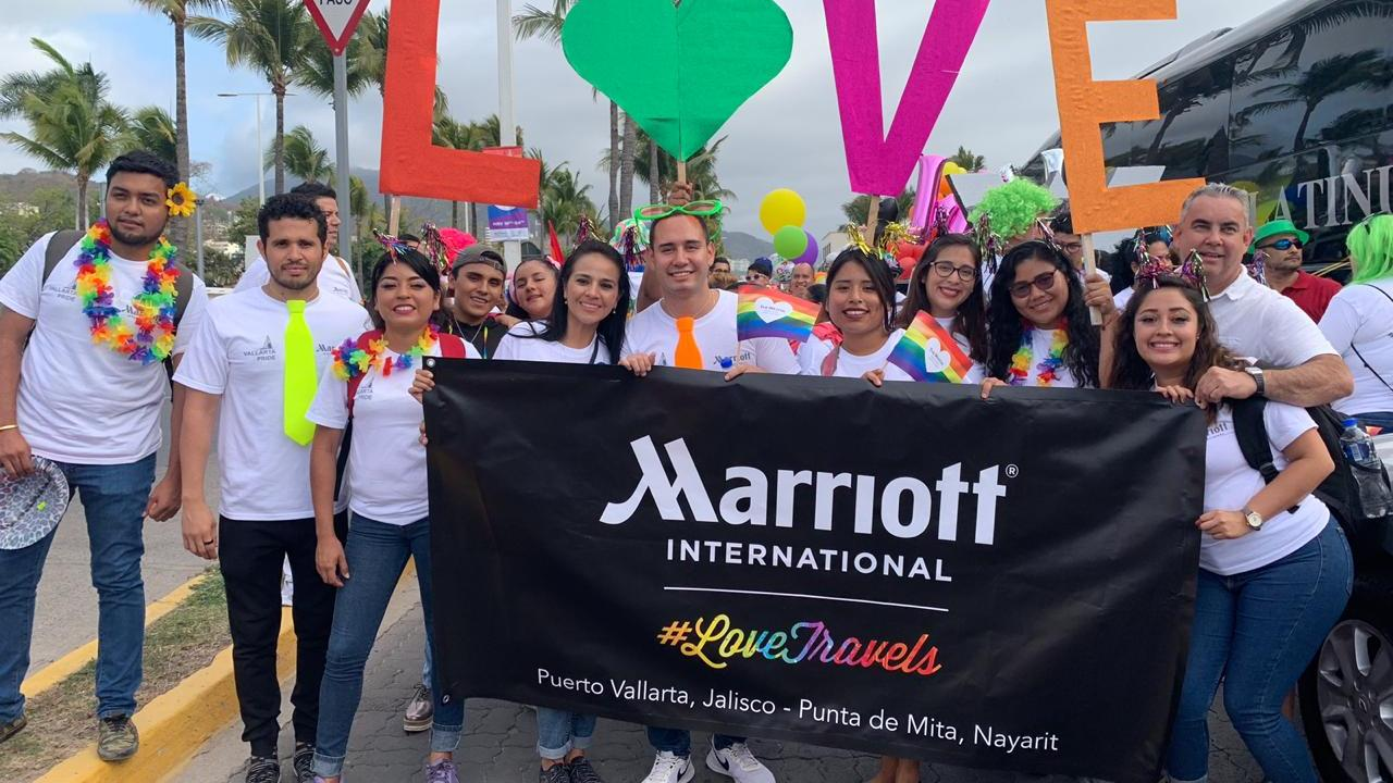 https://i0.wp.com/www.apetitoenlinea.com/wp-content/uploads/2019/06/2019-Desfile-Vallarta-Pride-Marriott_-1.jpeg?resize=1280%2C720&ssl=1