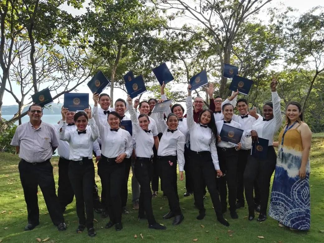 INA realiza primera graduación de Formación Dual en el hotel Four Seasons