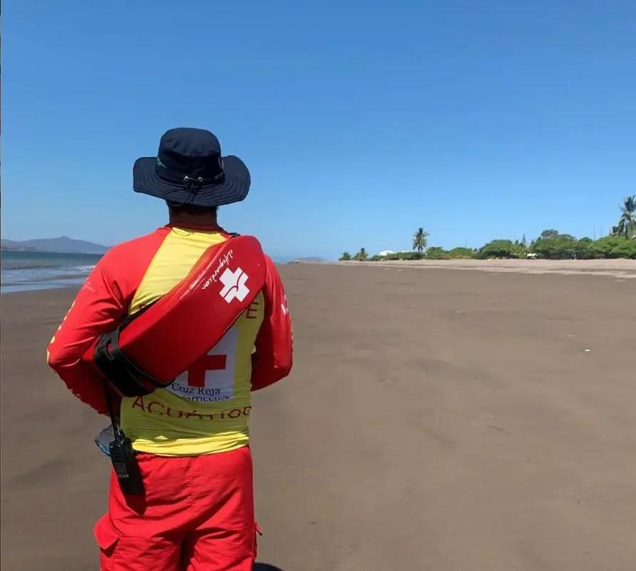 Cruz Roja Costarricense e ICT velan por el cumplimiento de las disposiciones sanitarias en las playas en Semana Santa