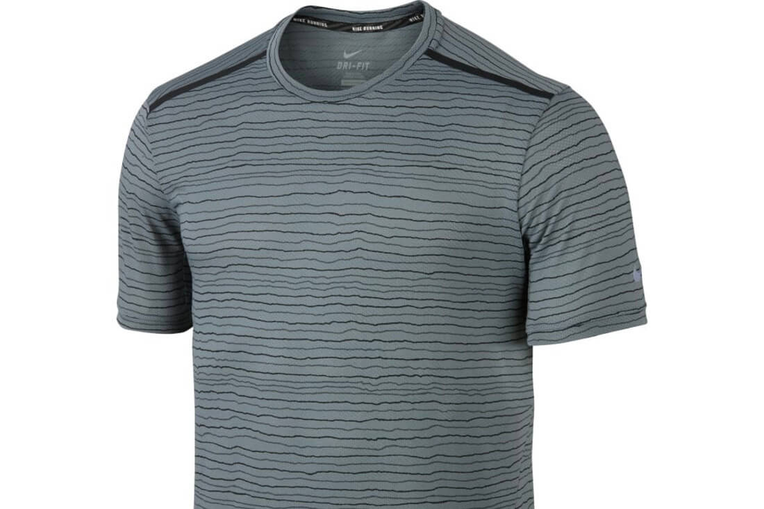 580dcdee4008 ... Nike Tailwind V Neck Running T Shirt BCD Tofu House