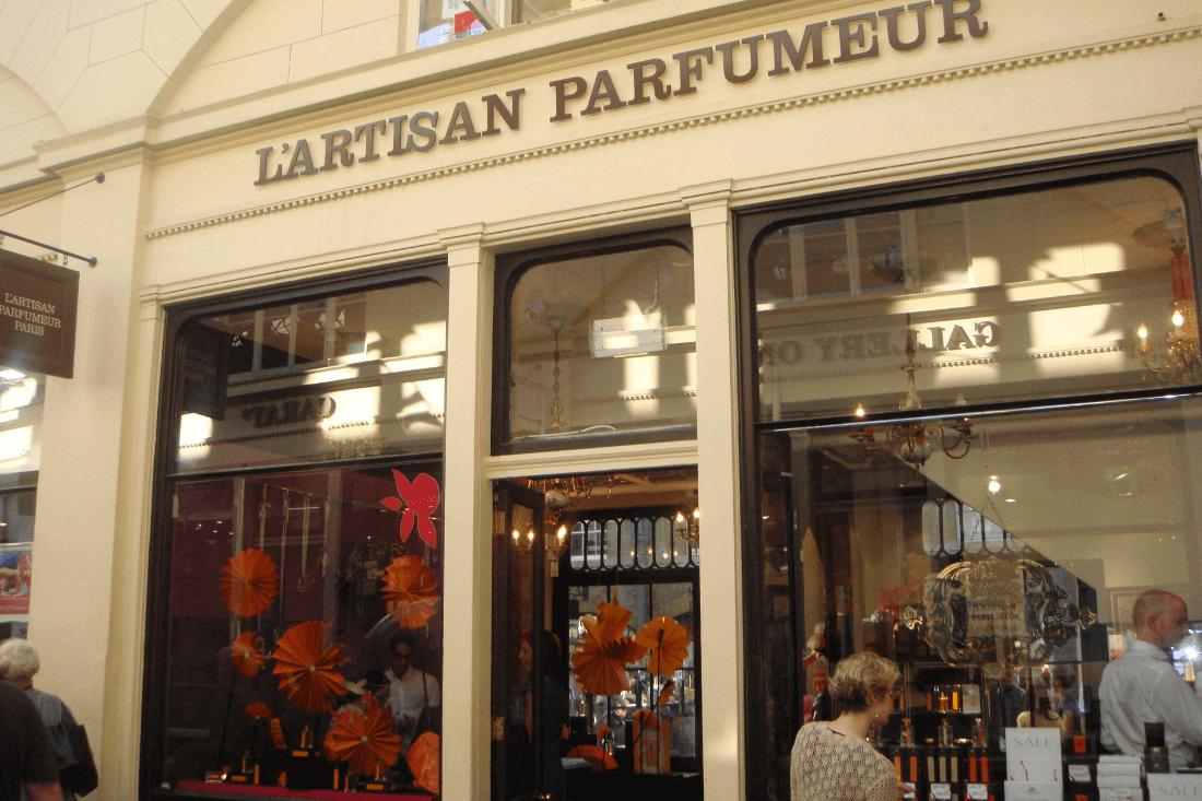 L'Artisan Parfumeur - Home Fragrance - Ape to Gentleman