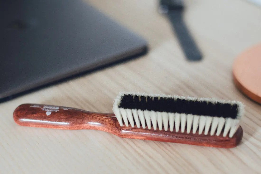 How to use a clothes brush