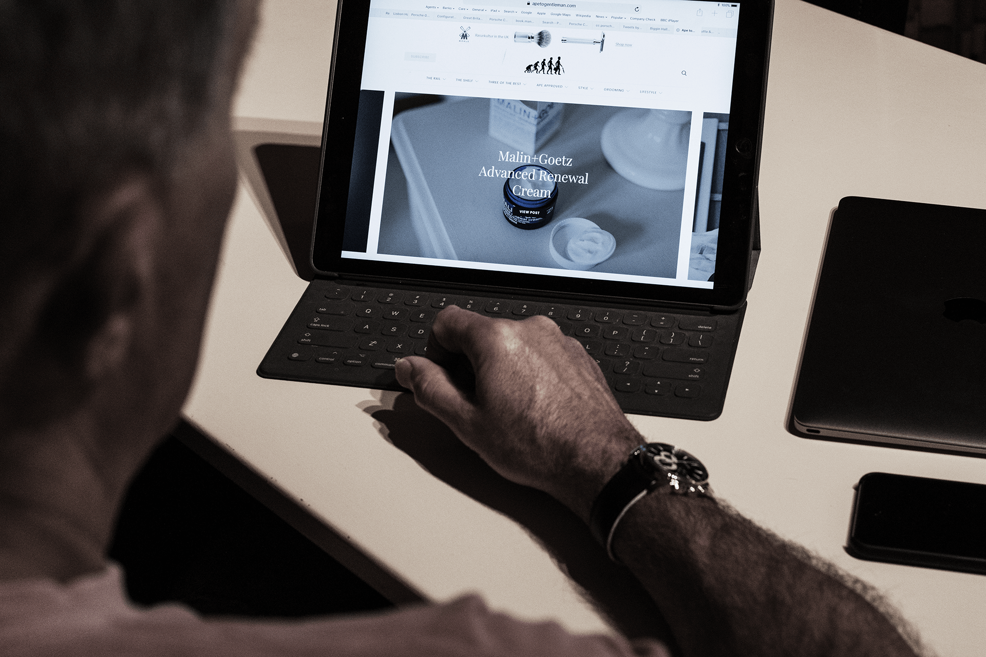 Is the Tablet the new Laptop? - Ape to Gentleman