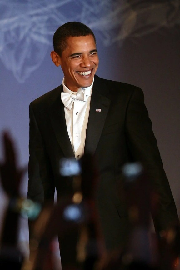Barack Obama gets it wrong with a white bow tie