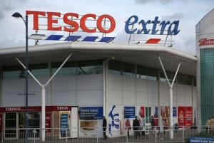 How Is Tesco CEO Winning Back Shoppers Other Than Its Price?