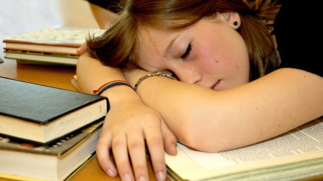 teenage-sleep