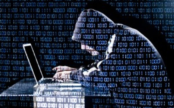 hackers stealing personal data