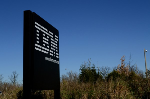 """IBM signs deal with Apache Spark"""