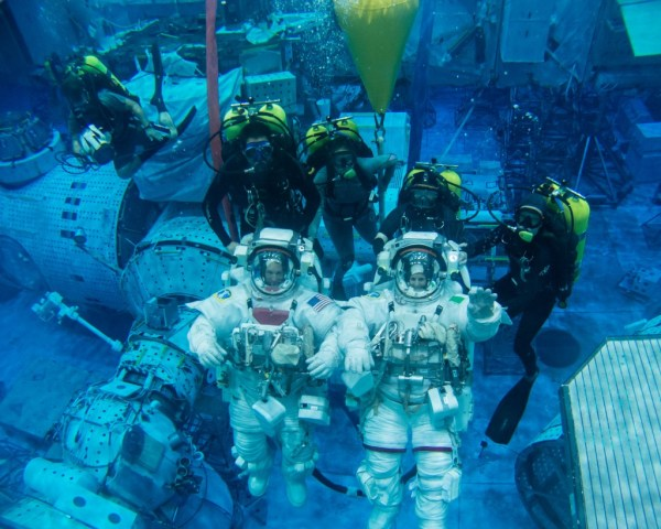 """NASA Astronauts Will Move Underwater in a 14-Day Experiment"""