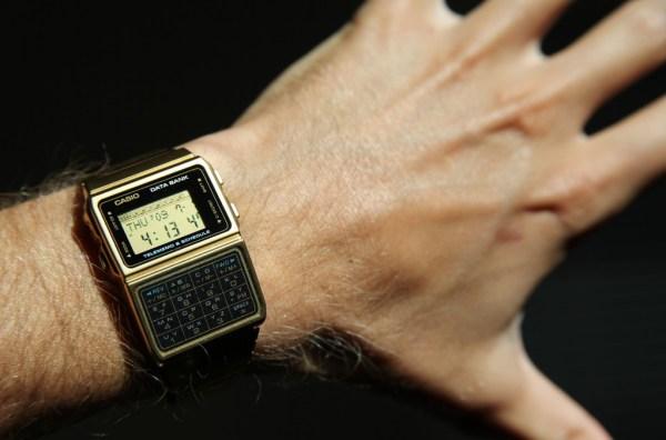 """""""casio smartwatch"""""""