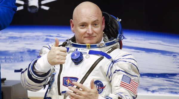 """""""scott kelly answers space questions"""""""