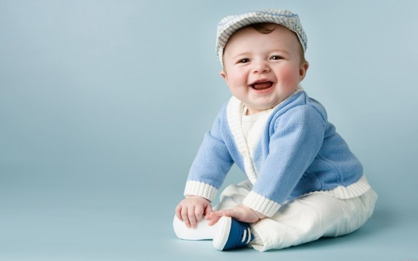 """""""researchers create a robot to understand babies smiling"""""""