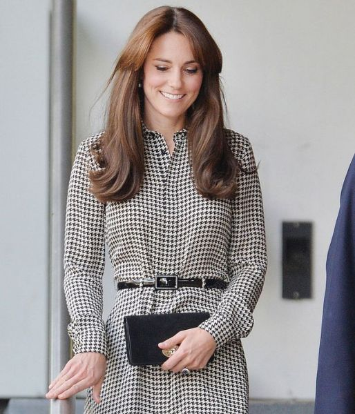 """""""Duchess Kate Sports New Bangs and Dress on Visit to Anna Freud Center"""""""