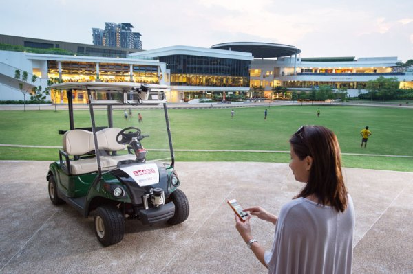 """""""smart self driving golf carts in singapore"""""""