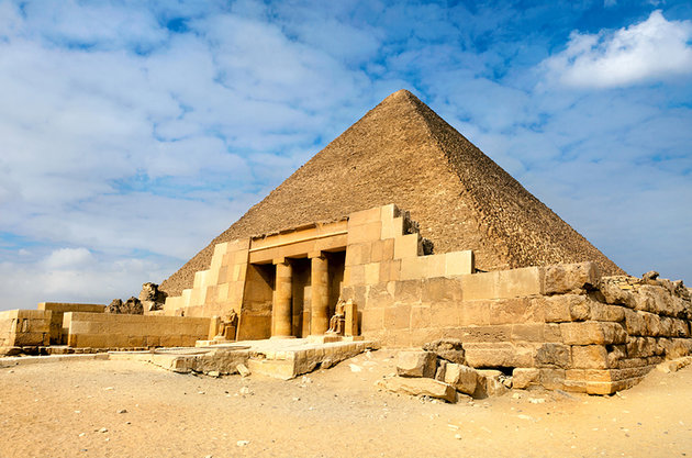 """alt=""""Pyramid of Cheops"""""""