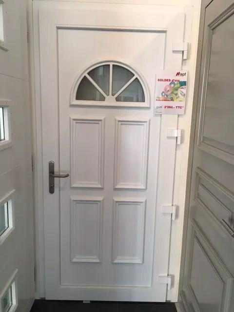 Porte dentre PVC blanche  APF Menuiserie SA