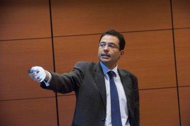 Miguel Cardoso, economista jefe para España de BBVA Research, durante su intervención en el curso de economía organizado por la APIE y el Banco Popular.