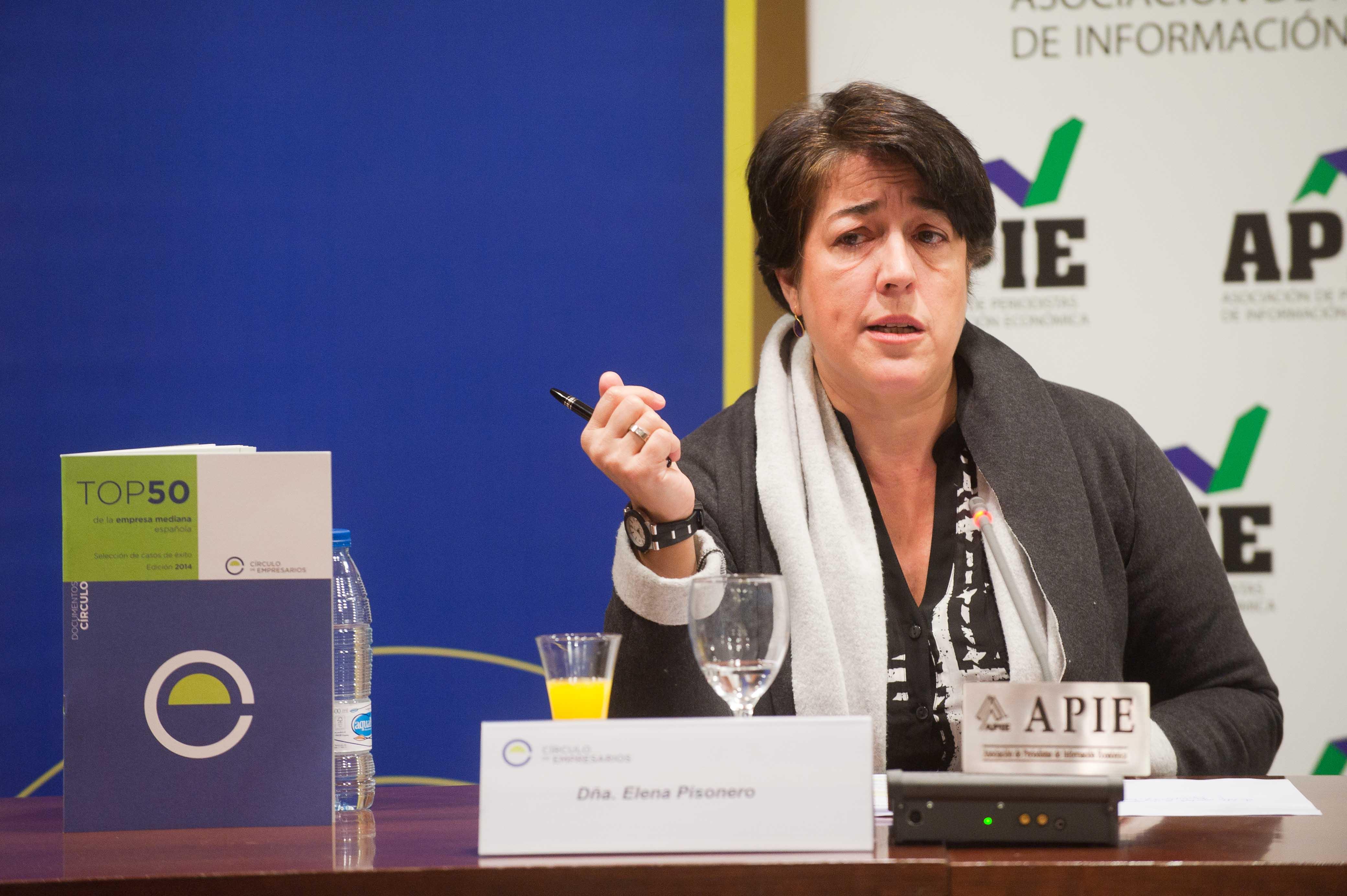 Elena Pisonero, Presidenta de Hispasat y Directora del Proyecto Top 50 de la Empresa Mediana Española, en un momento de la presentación.