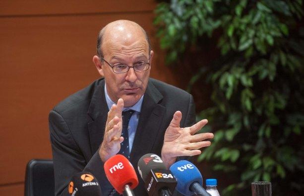 Pablo Vázquez, presidente de RENFE, durante su intervención en la cuarta jornada del Curso de Economía organizado por APIE.