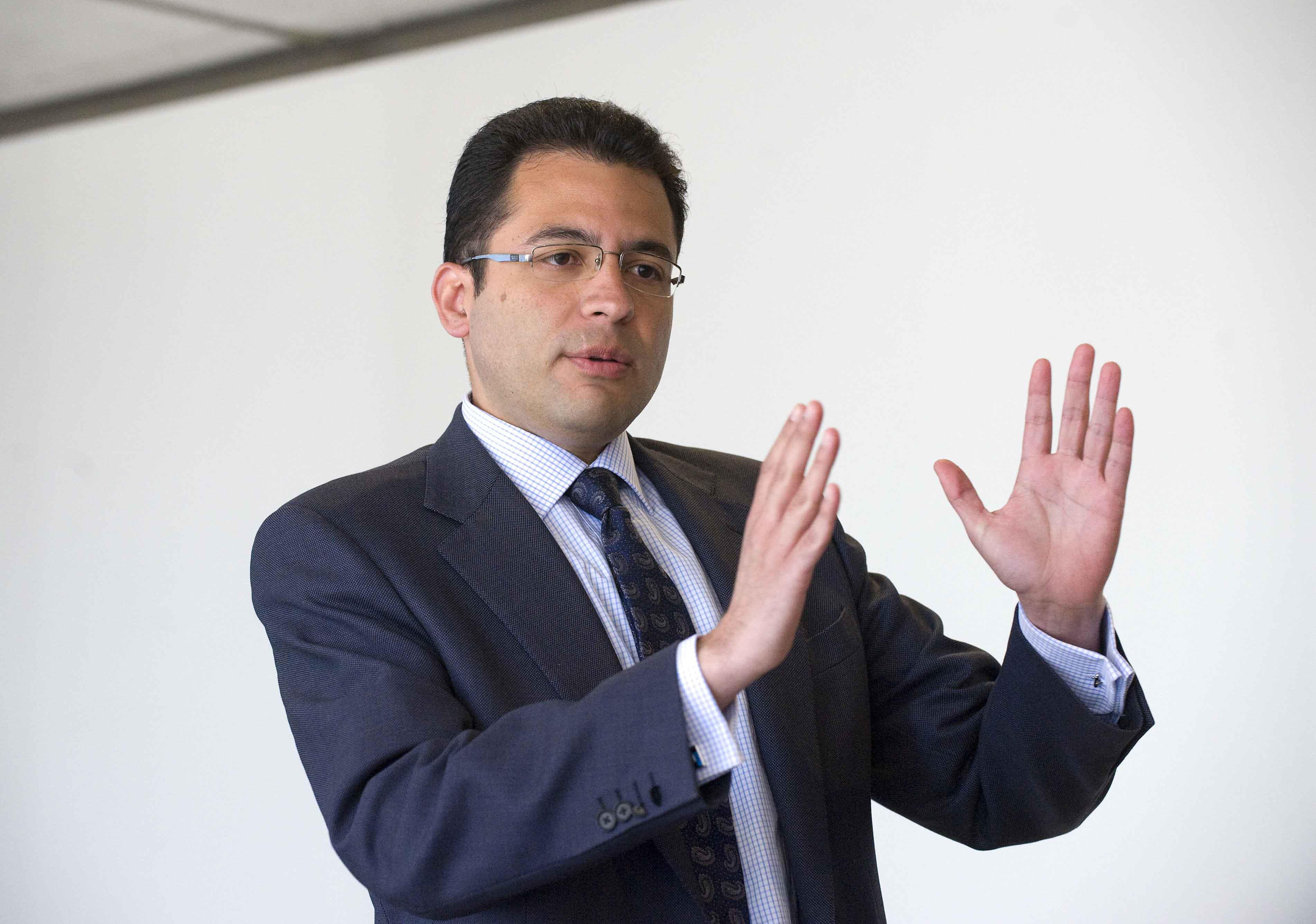 Miguel Cardoso, Economista Jefe para España de BBVA Research, durante su intervención en la V jornada del Curso de Economía para Periodistas organizado por APIE.