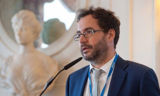 """Jorge Barrero: """"las políticas de austeridad han acabado con la ciencia en España"""""""
