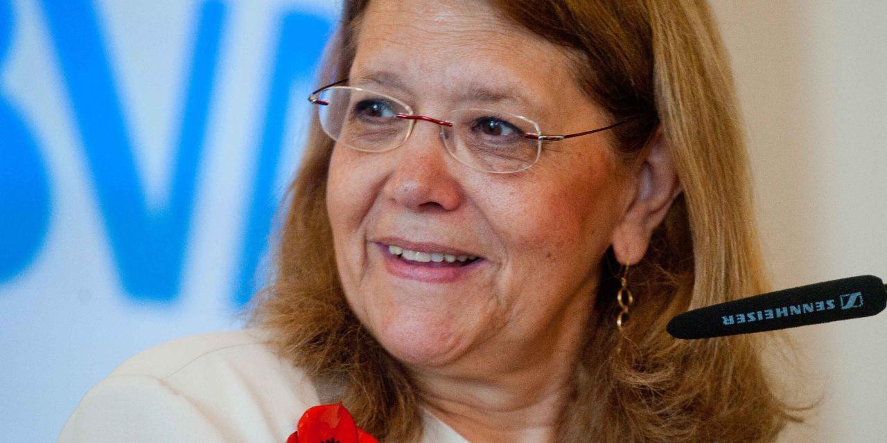 """Elvira Rodríguez: """"el sistema financiero europeo está bancarizado en exceso"""""""