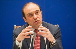 Jordi García Viña, director del Departamento de Relaciones Laborales de CEOE, durante su exposición la jornada sobre legislación laboral organizada conjuntamente con APIE.