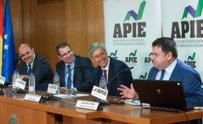 El Catedrático de Economía y Finanzas Santiago Carbó durante su intervención en la jornada sobre el Mecanismo Único de Resolución.
