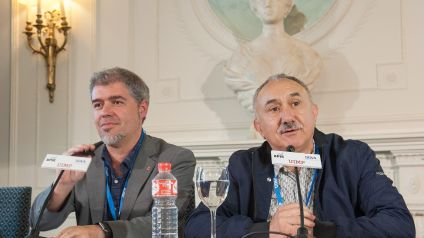 Unai Sordo, Secretario general de CC OO Y Pepe Álvarez, Secretario general de UGT, durante su intervención en el Curso de Economía organizado por la APIE en la Universidad Internacional Menéndez Pelayo de Santander.