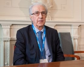 Javier Alonso, subgobernador del Banco de España, en su intervención en el Curso de Economía organizado por la APIE en la Universidad de Santander.