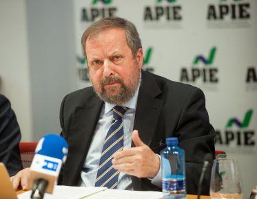 José Miguel Villarig Tomás, presidente de APPA Renovables, durante su intervención en la jornada del Curso de Economía de APIE dedicada al sector energético.