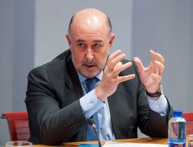 Carlos Abad, CEO de Haya Real Estate, durante su intervención en la mesa redonda dedicada al sector inmobiliario en el XXXI Curso de Economía organizado por APIE.