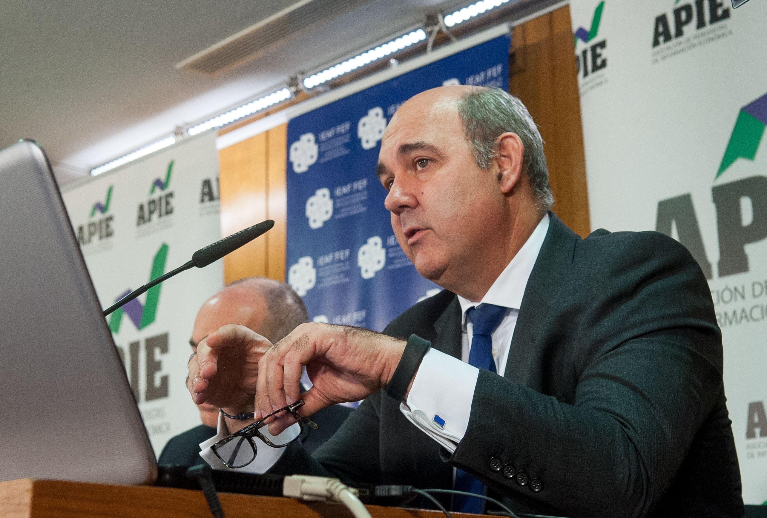 Francisco Uría, Socio Principal de KPMG Abogados y socio responsable del Sector Financiero para KPMG EMEA, en las II Jornadas sobre Resolución Bancaria organizadas por IEAF-FEF y APIE.