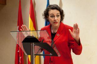 Magdalena Valerio, Ministra de Trabajo, Migraciones y Seguridad Social, durante su discurso de agradecimiento por obtener el accesit de los premios Tintero.