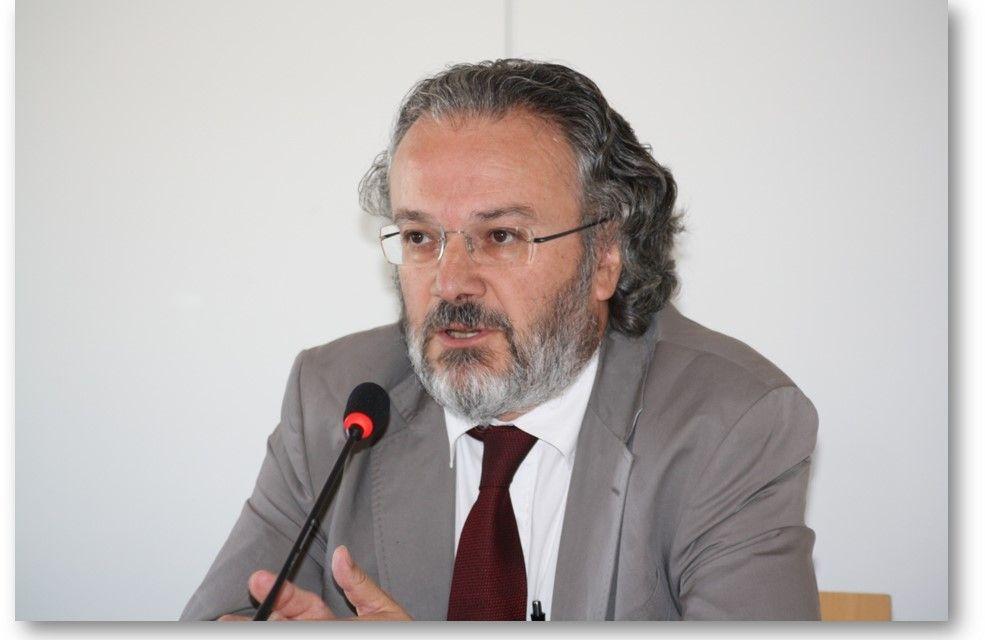 Miguel Ángel Noceda, ganador de la II edición del Premio de Periodismo Económico Carlos Humanes