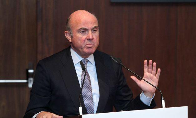 Luis de Guindos: «La política monetaria no es todopoderosa, necesitamos que otros actúen»