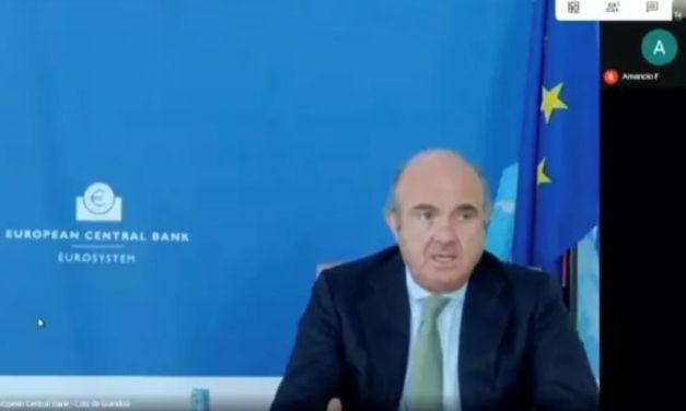 """Luis de Guindos: """"La consolidación bancaria debe llevarse a cabo de forma rápida y urgente"""""""