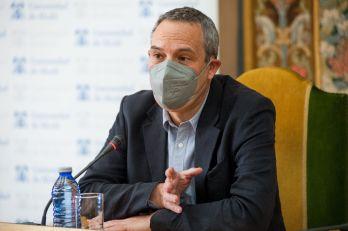 Raymond Torres, Director de Coyuntura y Análisis Internacional de Funcas, en la apertura de las Jornadas APIE celebradas en la Universidad de Alcalá de Henares.