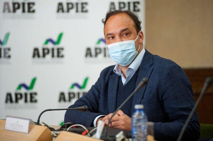 El economista José Carlos Díez, en la apertura de las Jornadas APIE celebradas en la Universidad de Alcalá de Henares.
