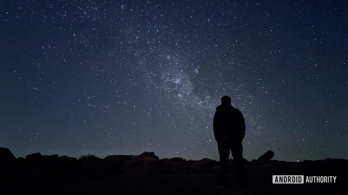 Modo de astrofotografia Pixel 4 em Sutherland.