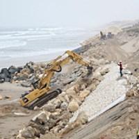 Reconstruction des défenses du front de mer sur Lacanau-Océan