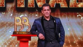 Bigg Boss Salman Khan Sony Tv Serial Review Interesting Elements On Apne Tv