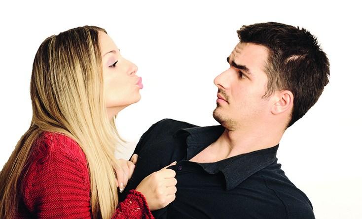 Nie wieder Mundgeruch - Mundgeruch beim Küssen