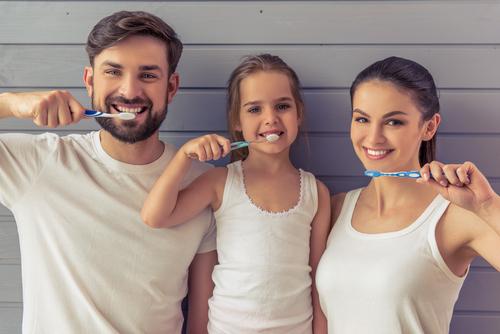 Gesunde Zähne für ein strahlendes Lächeln