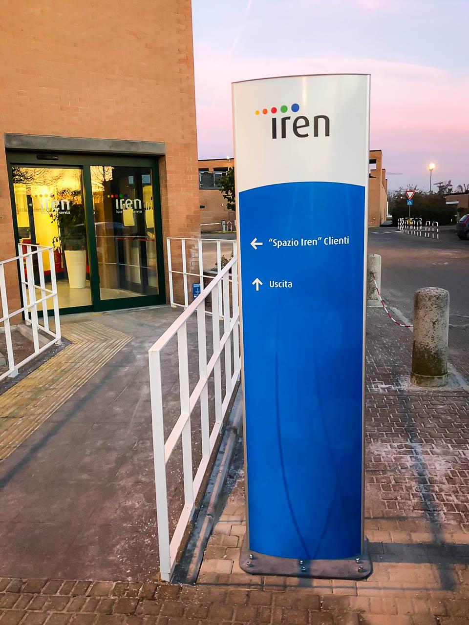 Segnaletica aziendale: Gruppo Iren sede di Parma - Apogeo
