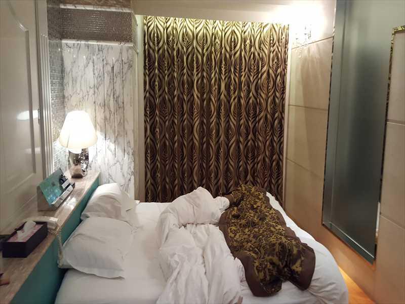 2018-10-20-13.44.44_Rr 新宿の高級ラブホテル「Forsion 」601号部屋はどうだったか??